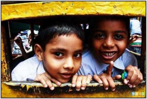 Ĺkolski autobus Indija 21