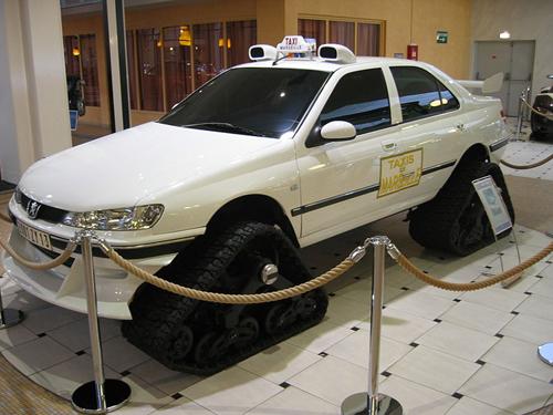 Peugeot 406 Taxi sa gusjenicama